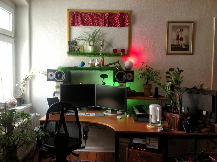 Patrick Welker Desk Overview